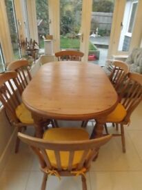 Farmhouse Solid Pine Extendable Table and Six Chairs with Cushions