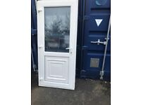 Upvc back door with key 35x80.5 inches £200