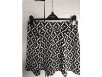 NEXT black & white dog tooth maternity skirt (UK 10)