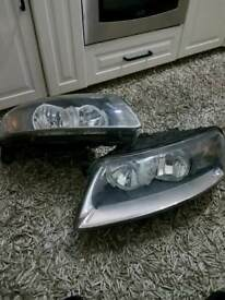 Audi A6 2007 front headlight (left - right) Used