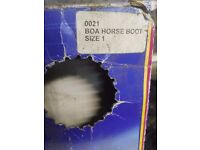 Boa boots for sale size 1