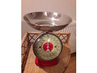 Vintage Retro Red Stainless Steel Quality Dulton Kitchen Weighing Scales