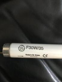 Ge standard lights f30w/35