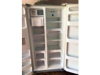 American Style LG Fridge Freezer with ice machine