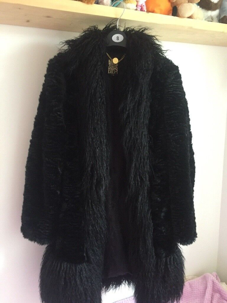 Coat size 8 uk . Like brand new worn once . By for £199