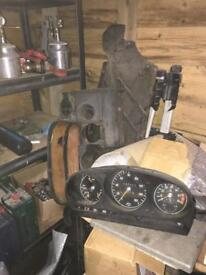Mercedes SL r107 parts