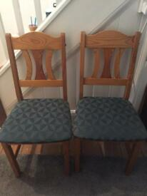 Set of 6 pine dining chairs