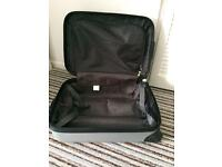 Sirocco 28 inch BNWT sliver wave hard shell suitcase