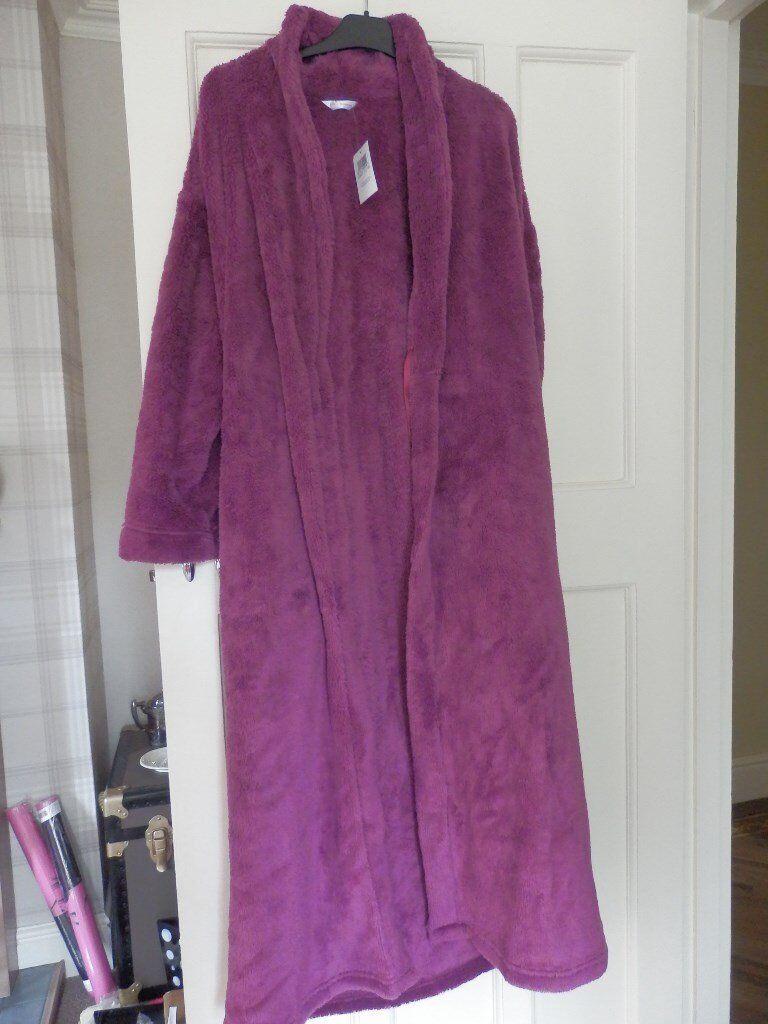 Ladies new M&S bathrobe 10/12