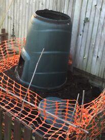 Green compost bin with lid and door