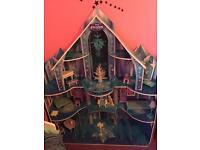 Large Frozen dolls house