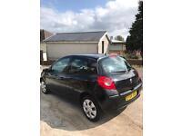 2008 Renault Clio / 8 Months MOT / Excellent Condition / Not Fiesta KA Punto Cheap First Car
