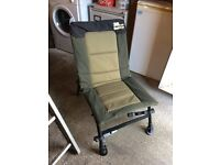 Lightweight fishing chair