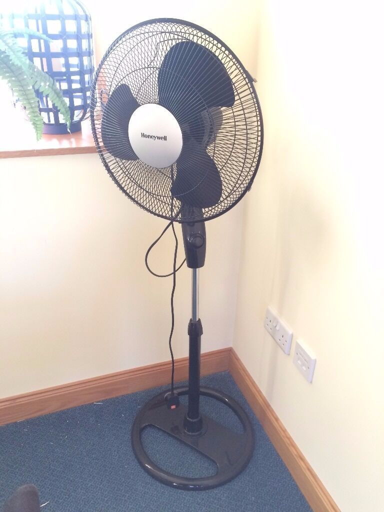 45df5a553eb Large Office Fan. Harthill