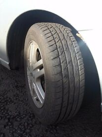 Four Ford Focus 195/60/15 tyres on alloys. 2 months old