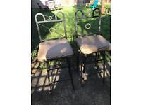Rotating bar stools