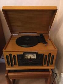 Boxed Scotts Of Stow 2414 CD Vinyl Player AM/FM Radio Nostalgic/Vintage Centre Tape CD