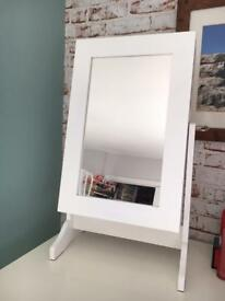 Jewellery box /display mirror