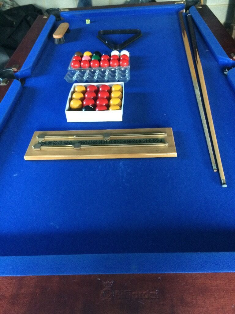 Genuine Slate Based Bilijardai Pool Table 6ft x 3ft with full set of Snooker balls and Pool balls