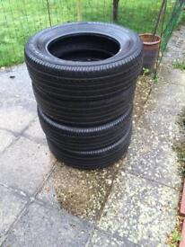 4 Yokohama 225/65 R 17 Geolandar tyres