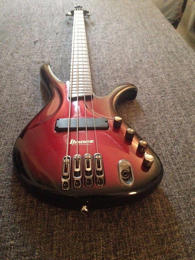 Ibanez Ergodyne EDA900 4 string electric bass guitar with Piezo ...