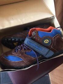 Shimano cycling dynamic shoes size 10