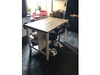 Kitchen island unit and 4 chairs