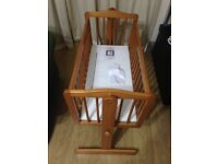 Swinging crib (by bruin) for sale £30
