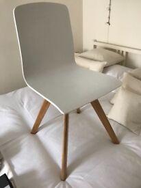 Dante Scandinavian style Swivel Chair
