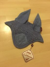 Brand new with tags le mieux corn blue fly veil