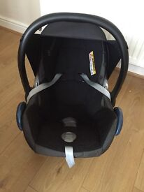 Maxi Cosi Car Seat (infant carrier)