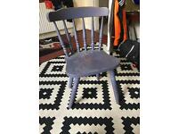 Retro chair, needs legs tightened