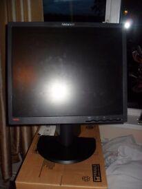 "Lenovo 19"" Computer Monitor"
