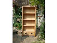 Bookcase 4 shelves/2 drawers.
