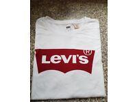 Brand New Levi's Logo White Batwing Crew Neck T-shirts *EXTRA LARGE*