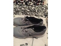 brand new mens NIKE downshifter trainers size 12 colour grey with black