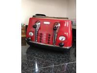 De'Longhi 4 Slice Toaster