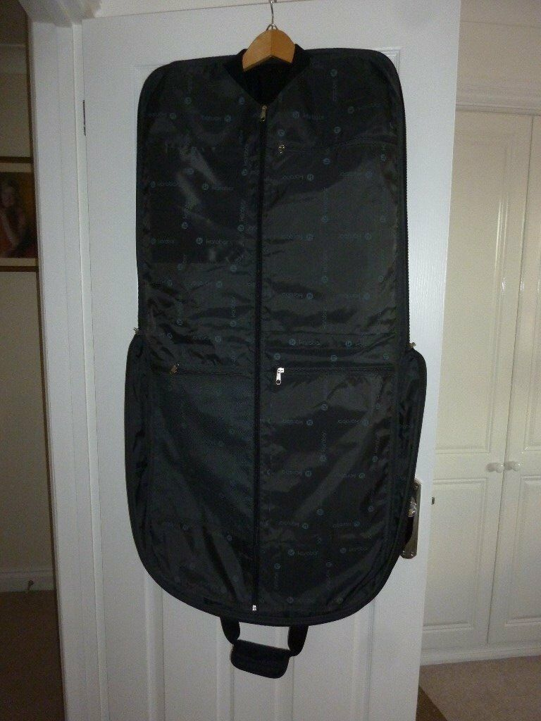 S/H Suit Carrier by Karador, hardly used with pockets and space for ties and other items