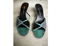 GIORGIO ARMANI green/teal wooden heel sandals shoes size 5 (38)