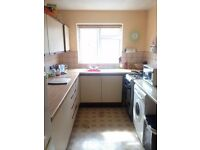 Large double bedroom available in lovely spacious flat