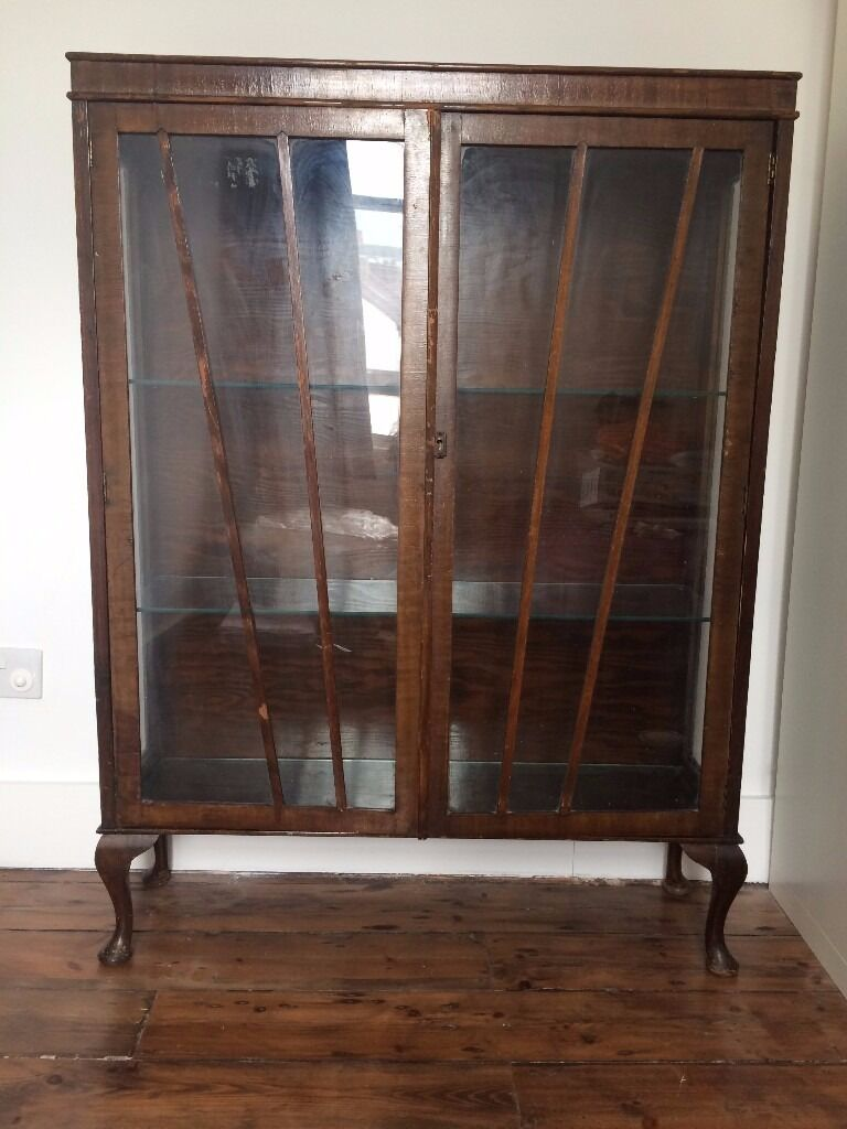 Mahogany Display Cabinet Glass Doors 2 Glass Shelves Cabriole Legs