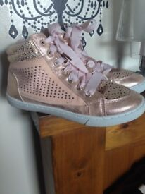 Size 3 ankle boots