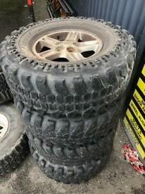 Off road tyres 285/75/16 Land Rover Discovery 2