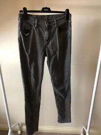 Women's Grey Levi Jeans