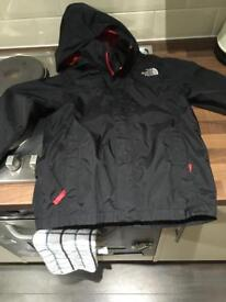 Kids north face jacket size small age 6-8