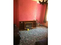 3 Bedroom house, close to centre W/ No Deposit & SUPER CHEAP!!