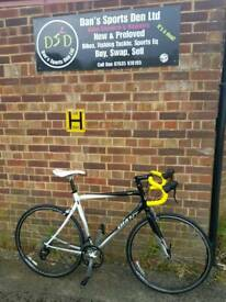 GIANT SCR 4 ROAD BIKE FULLY SERVICED VERY GOOD CONDITION