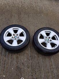 """4 17"""" E90S GOOD CONDITON with 4 good tyres.."""