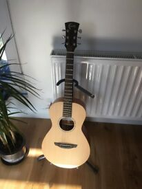 Faith Mercury Acoustic Guitar - With hardcase - RRP 500 new