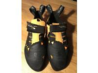 Scarpa Instinct VS Climbing Shoes - Size 45 (Roughly 10.5 UK)